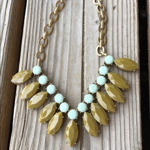 Stunning J Crew Faceted Crystal Statement Necklace